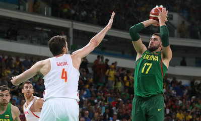 Olympics: Basketball-Men's Team-Preliminary Round ESP vs LIT