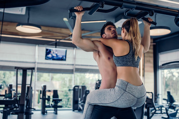 Couple in gym Wall mural