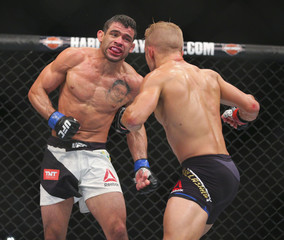 MMA: UFC Fight Night-Dillashaw vs Barao 2