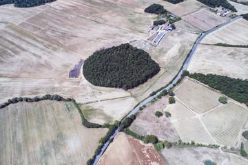 Vista aerea della campagna in val D'orcia in Toscana.