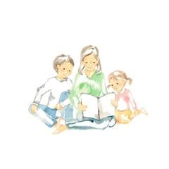 読み聞かせ、母と兄妹、表紙白