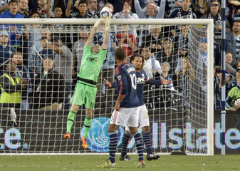 MLS: New England Revolution at Sporting KC