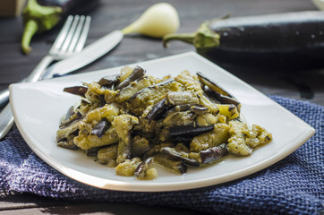 fried eggplants with garlic