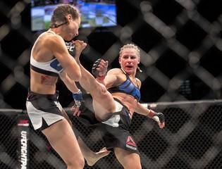 MMA: UFC 195-Lawler vs Condit
