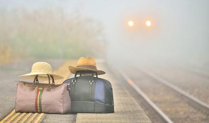 鉄道の旅・朝霧のステーション