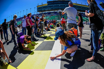 NASCAR: Go Bowling 400