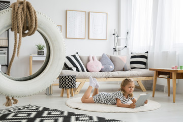 Cute girly scandi room