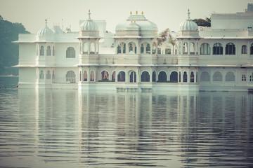 Taj Lake Palace on lake Pichola in Udaipur, Rajasthan, India.