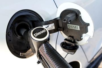 Betankung eines Dieselfahrzeugs
