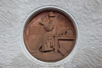 Monument to Gutenberg on a house in Idstein, German Half-Timbered House Road, Rheingau-Taunus district, Hesse, Germany, Europe