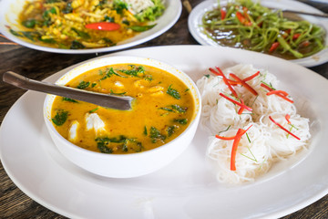 thai food curry spicy crabs and fresh noodles meal
