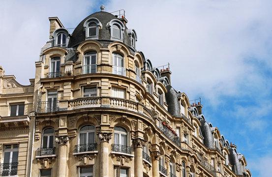 Real Estate - Paris - France