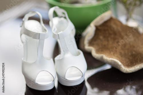 Hochzeitsschuhe Stockfotos Und Lizenzfreie Bilder Auf Fotolia Com