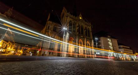 Lichtspuren in Erfurt in der Nacht