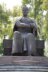 アミール・ティムール座像