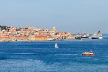 Lisboa visto de Almada Portugal