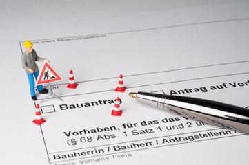Bauantrag, Antrag auf Baugenehmigung, Bürokratie, Baustelle, symbolisch,