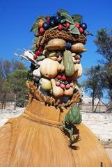Sculptures d'Arcimboldo à Baux de Provence