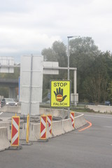Autobahnschild Stop Falsch