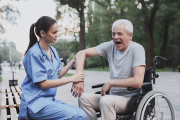 The old man gave the nurse to examine his elbow that hurts