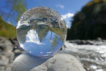 fluss in kristallkugel, sense, bern, schweiz