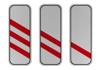 Verkehrszeichen: drei-, zwei- und einstreifige Baken vor Bahnübergängen für links
