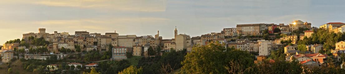 Acquaviva Picena, panoramica del borgo