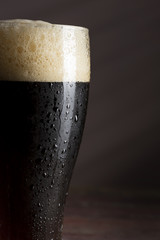 Obraz Dark beer - fototapety do salonu