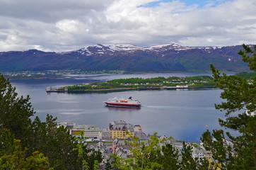 Auf Kreuzfahrt mit den Hurtigruten