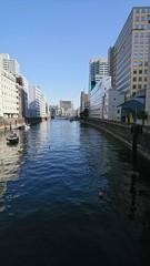 都心を流れる川
