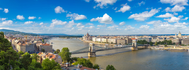 Photo sur Toile Budapest Panoramic view of Budapest