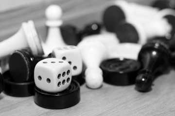 A pair white of dice and chess