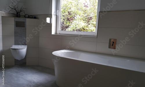 Schickes Modernes Badezimmer