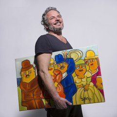 Artista con quadro