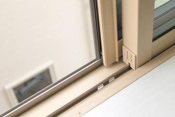 新築住宅の窓