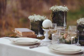 autumnal floristic decor. rustic wedding table setting