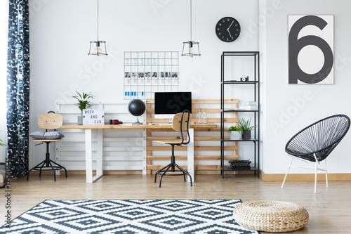 hygge style home office stockfotos und lizenzfreie bilder auf bild 175615541. Black Bedroom Furniture Sets. Home Design Ideas