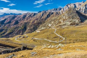 Abfahrt Grosser St. Bernhard Pass Richtung Italien