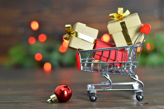 Christmas gifts shopping