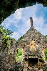 Ruines de l'Hôpital dit des Anglais à Peyrusse-le-Roc