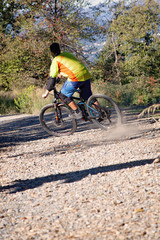 derapata in mountain bike
