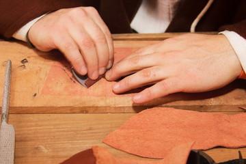 lavori di finitura su legno