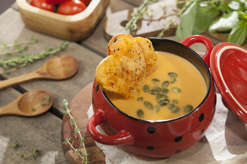 fresh pumpkin soup puree