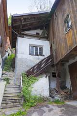 Südtirol- Impressionen, alter Bauernhof im Vinschgau