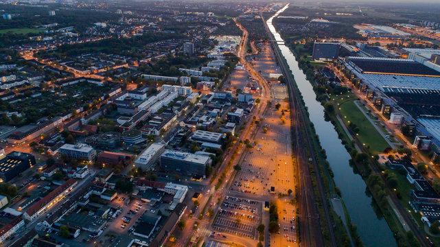 Wolfsburg vom Hauptbahnhof aus