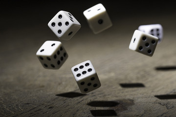 Let`s play a game -Dice in mid air! Let the game begin