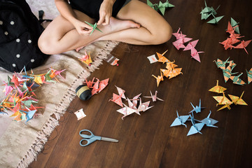 making an origami crane chain