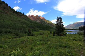 Hiking Snow Mass at Maroon Bells