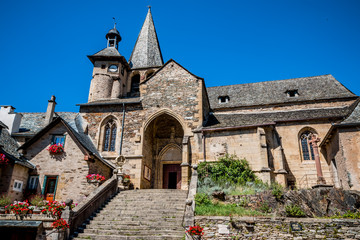 L'église Saint-Fleuret d'Estaing