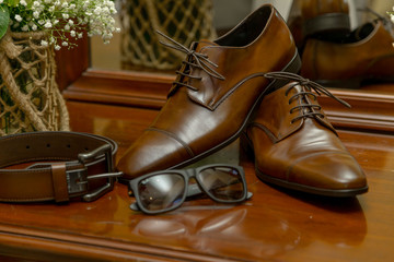 Groom shoe